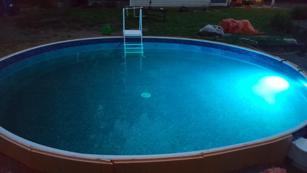 pool19